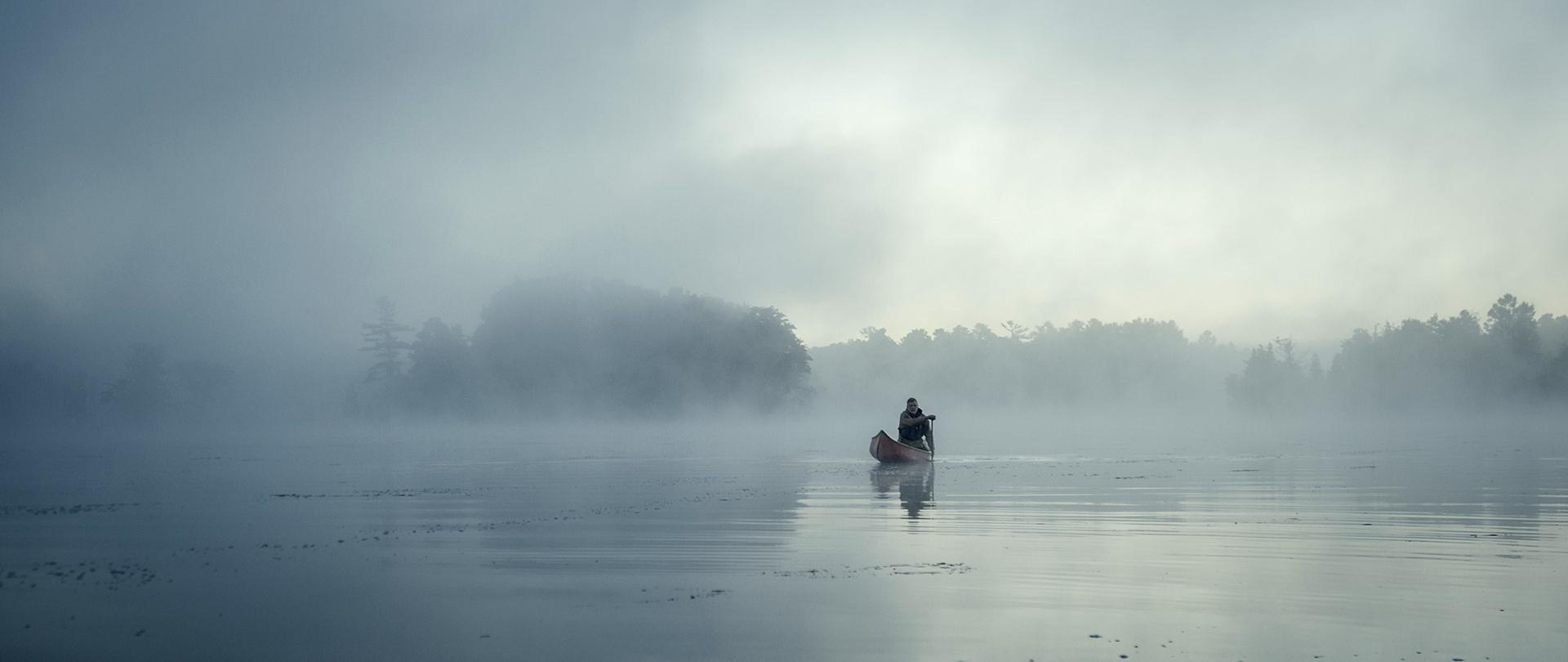Canoë dans la brume (Photo : Destination Ontario)
