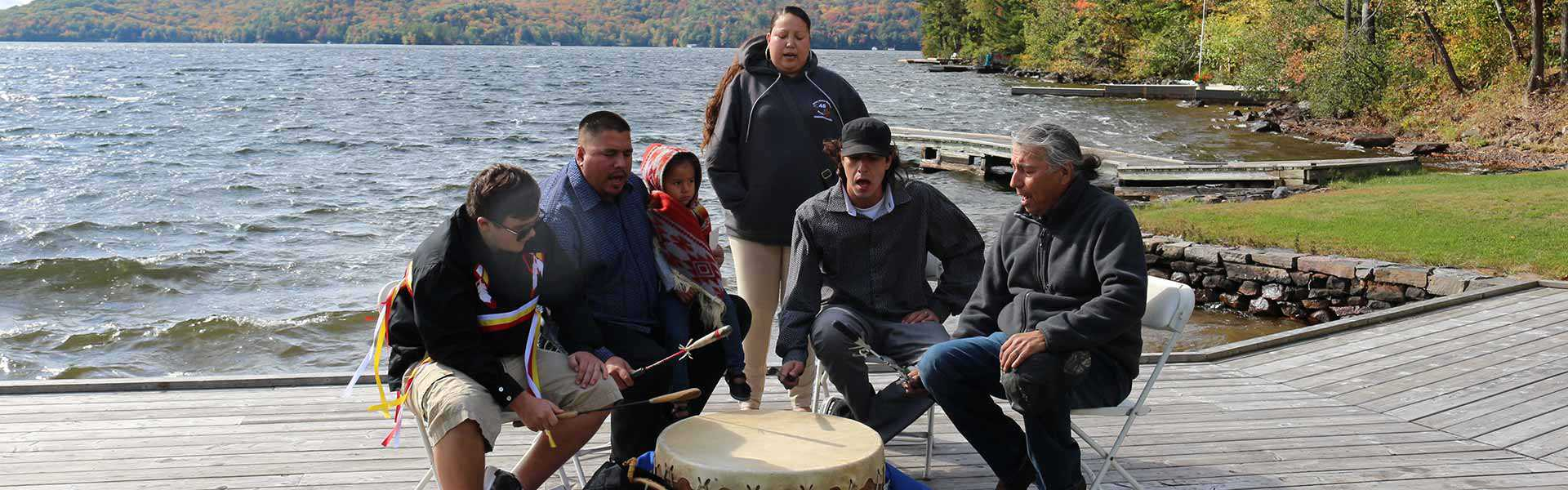 Plaque unveiling event for the Anishinaabeg at Lake of Bays plaque