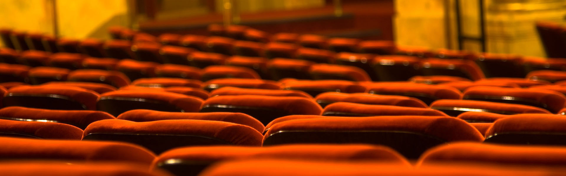 Seats at the Elgin Theatre, Toronto