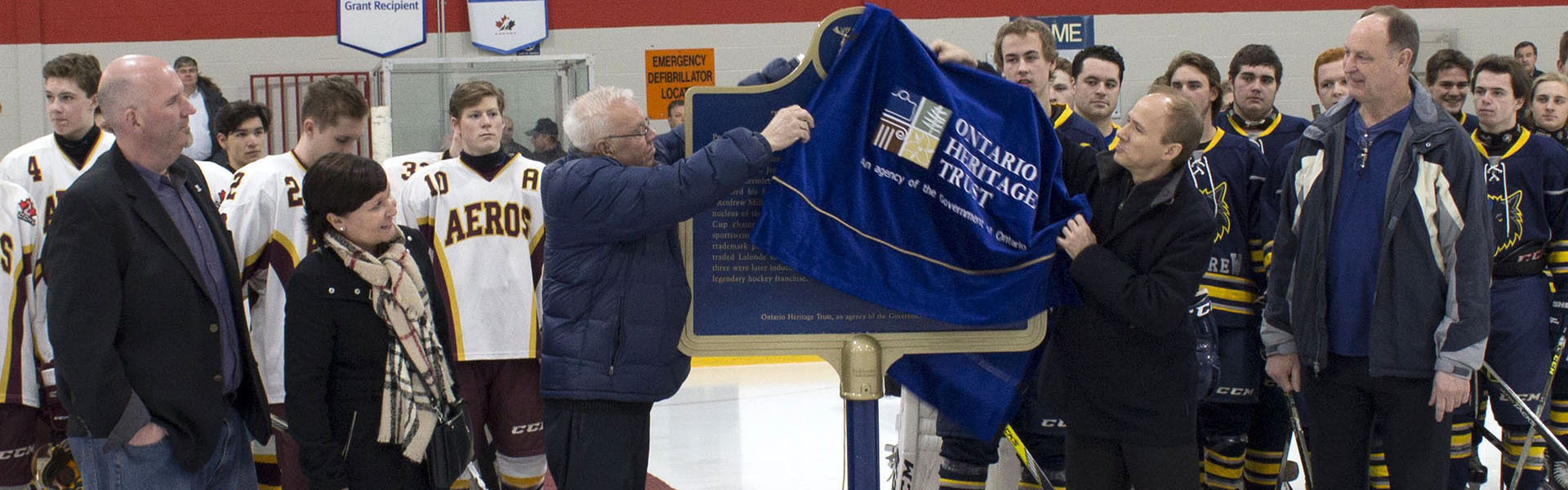 Unveiling of a provincial plaque commemorating Didier Pitre, one of the Flying Frenchmen