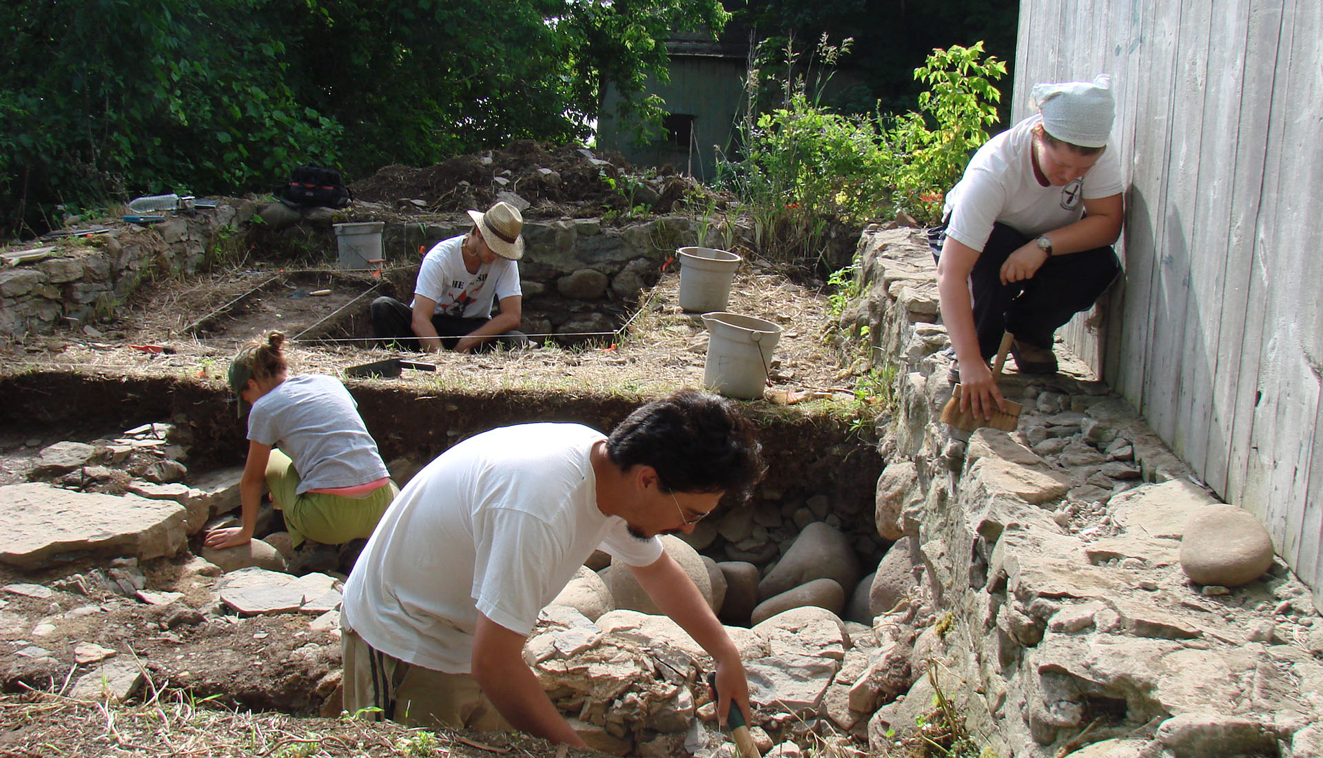 Archaeological dig at Macdonell-Williamson House, Pointe Fortune