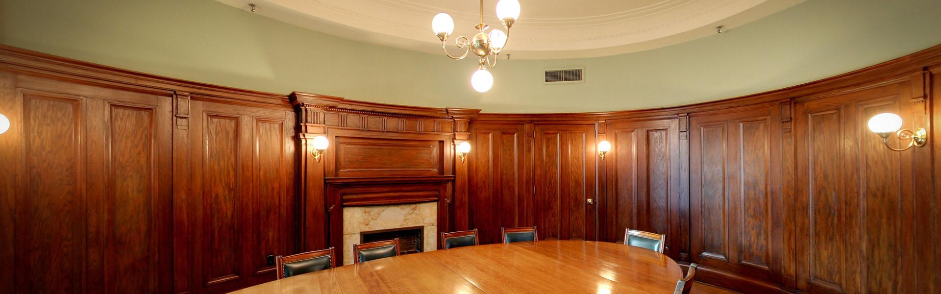 La salle du conseil ovale, Centre du patrimoine ontarien