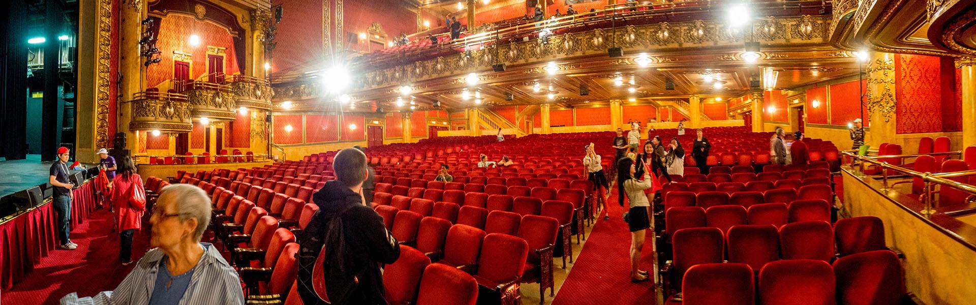 Visite du théâtre Elgin