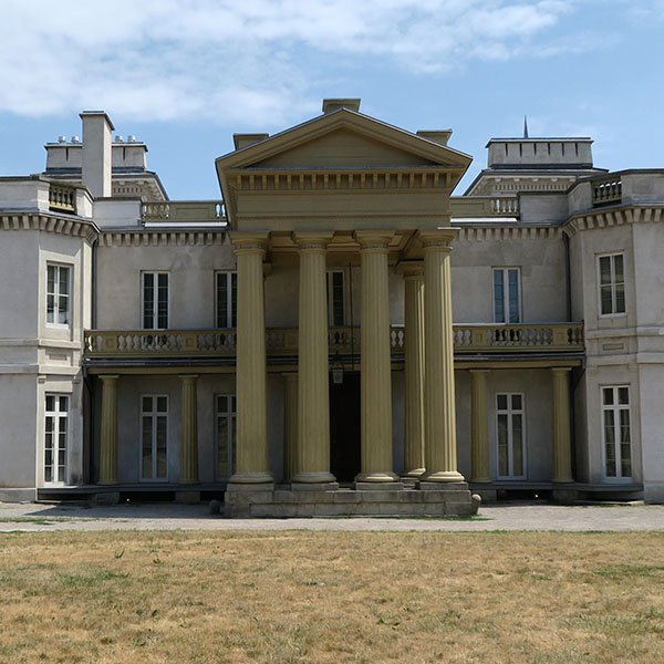 Dundurn Castle and Grounds