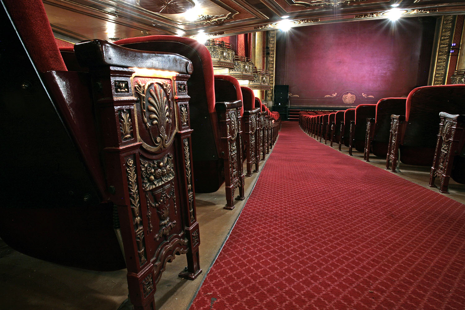 Elgin Theatre seats