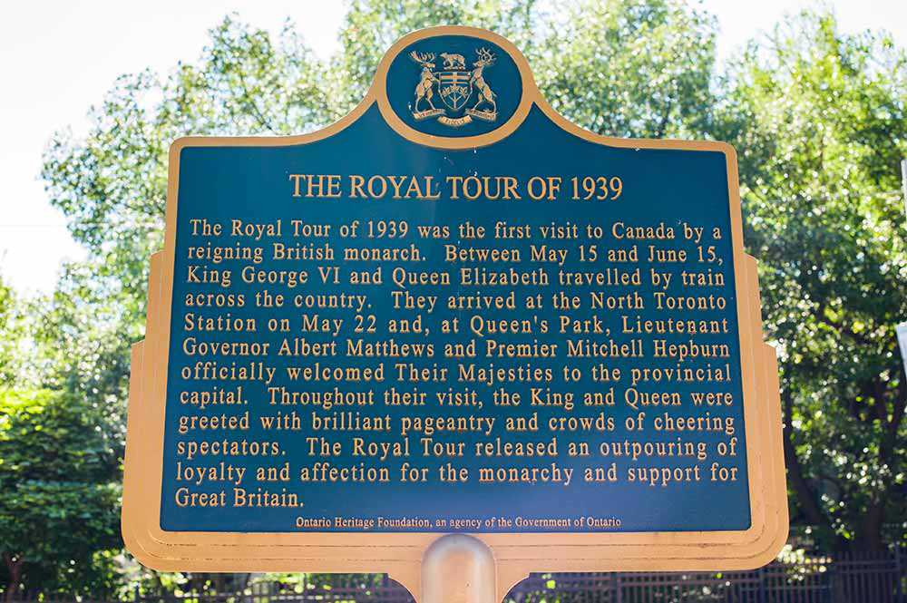 The Royal Tour of 1939 plaque