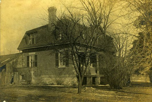Pre-1920s archival photo of Ashbridge house