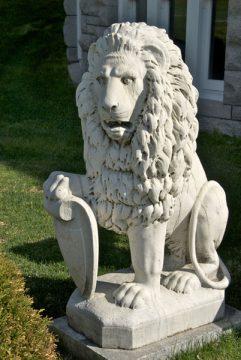 Place Fulford, Brockville (lion)