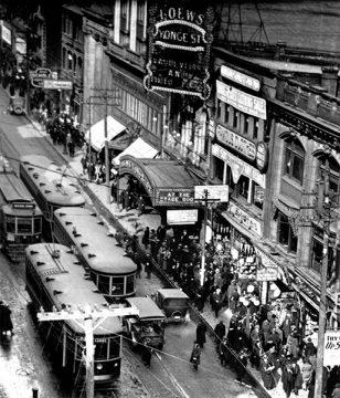 Lowes 1922 Yonge