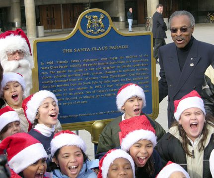 Santa Claus Parade Plaque Kids Alexander