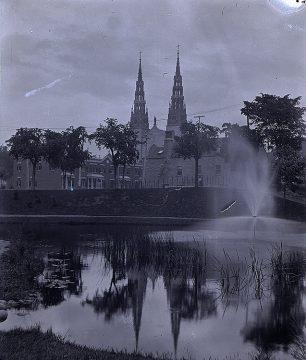 Exh Franco Notre Dame Basilica
