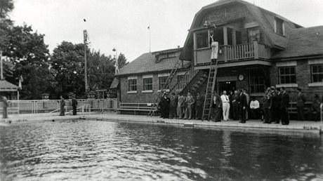 Exh Sport Beatty Pool Wcma