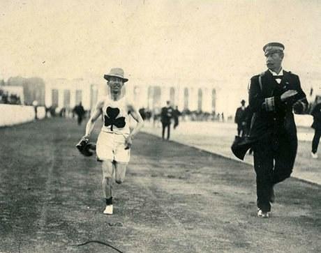 Billy Sherring, médaillé d'or dans l'épreuve du marathon, 1906 (Avec l'aimable autorisation du Panthéon des sports canadiens)