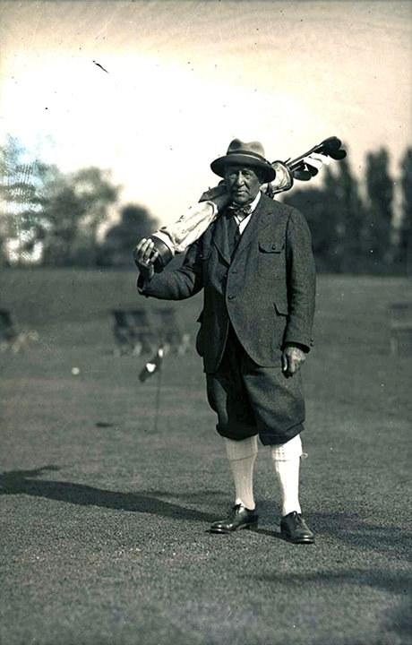 Exh Sport George Lyon Lac