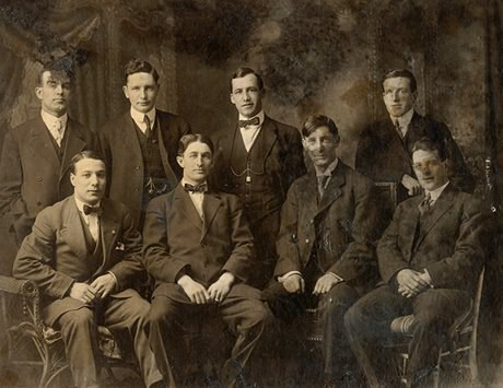 The Renfrew Millionaires, 1909-10 (Photo courtesy of the Hockey Hall of Fame)