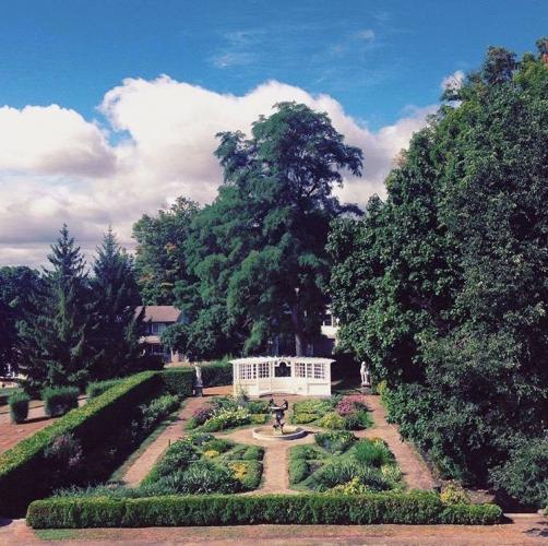 Jardins Olmsted à la Place Fulford (Brockville)