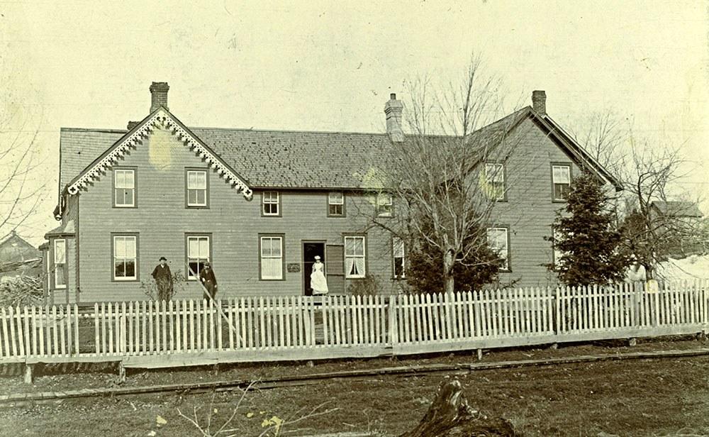 Huntsville Hospital, established in 1886