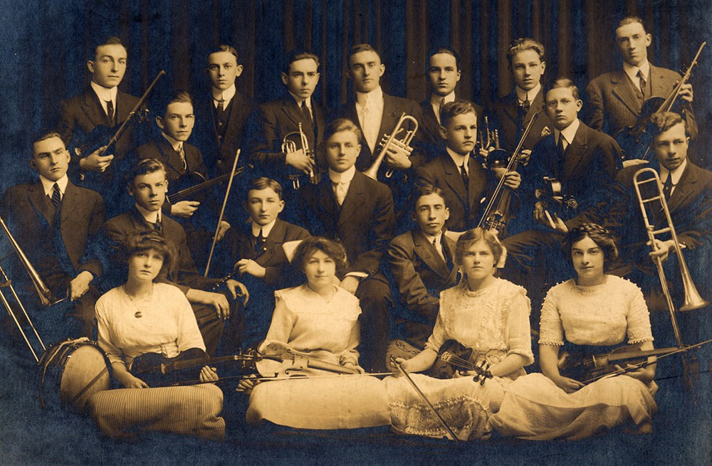 London musicians, c. 1910 (Photo courtesy of the London Public Library Ivey Family London Room Collection)