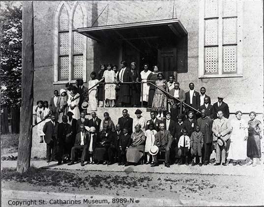 British Methodist Episcopal Church and congregation, 1920s