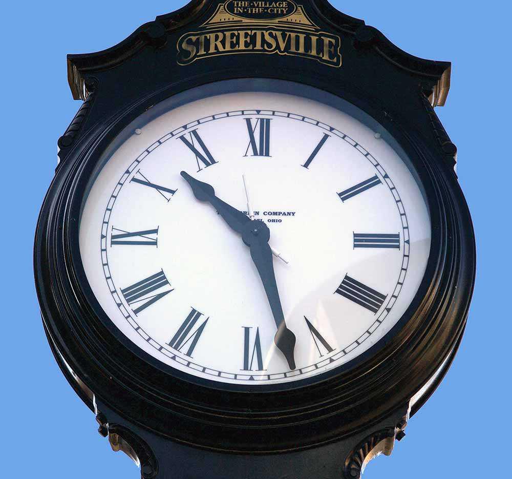 Streetsville Village clock